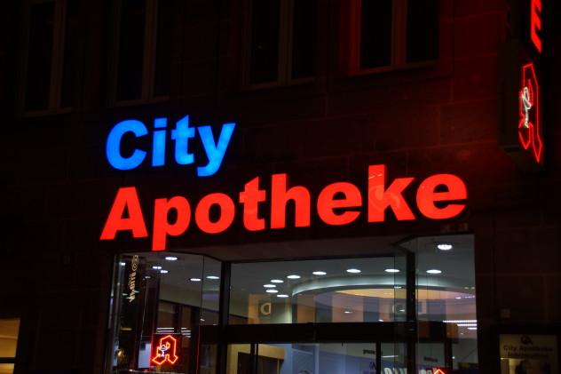 City Apotheke LED Einzelbuchstaben